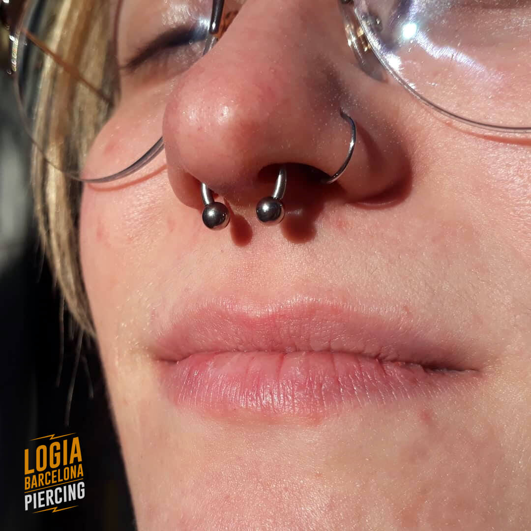 septum piercing with nose ring logia barcelona