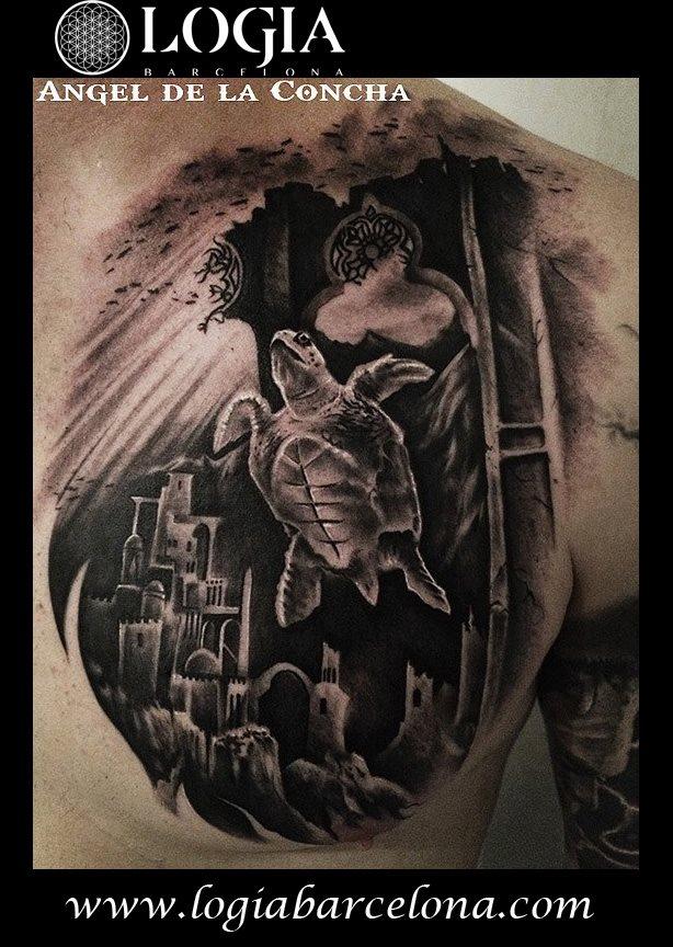 Tatuaje de Tortuga Marina Angel de la Concha Logia Barcelona