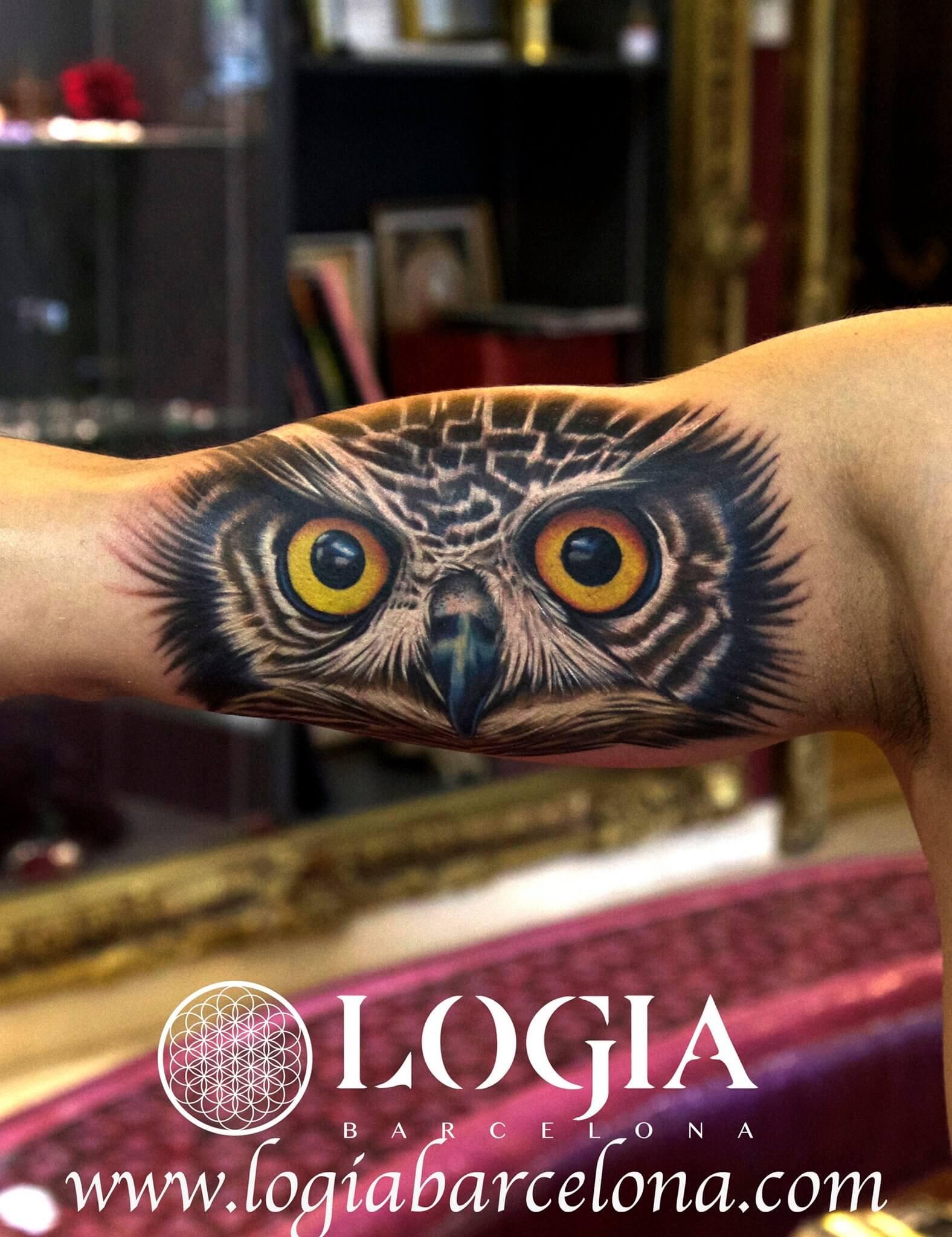 Tatuajes En Los Bíceps Tatuajes Logia Barcelona