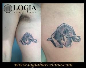 Tatuaje costado elefante