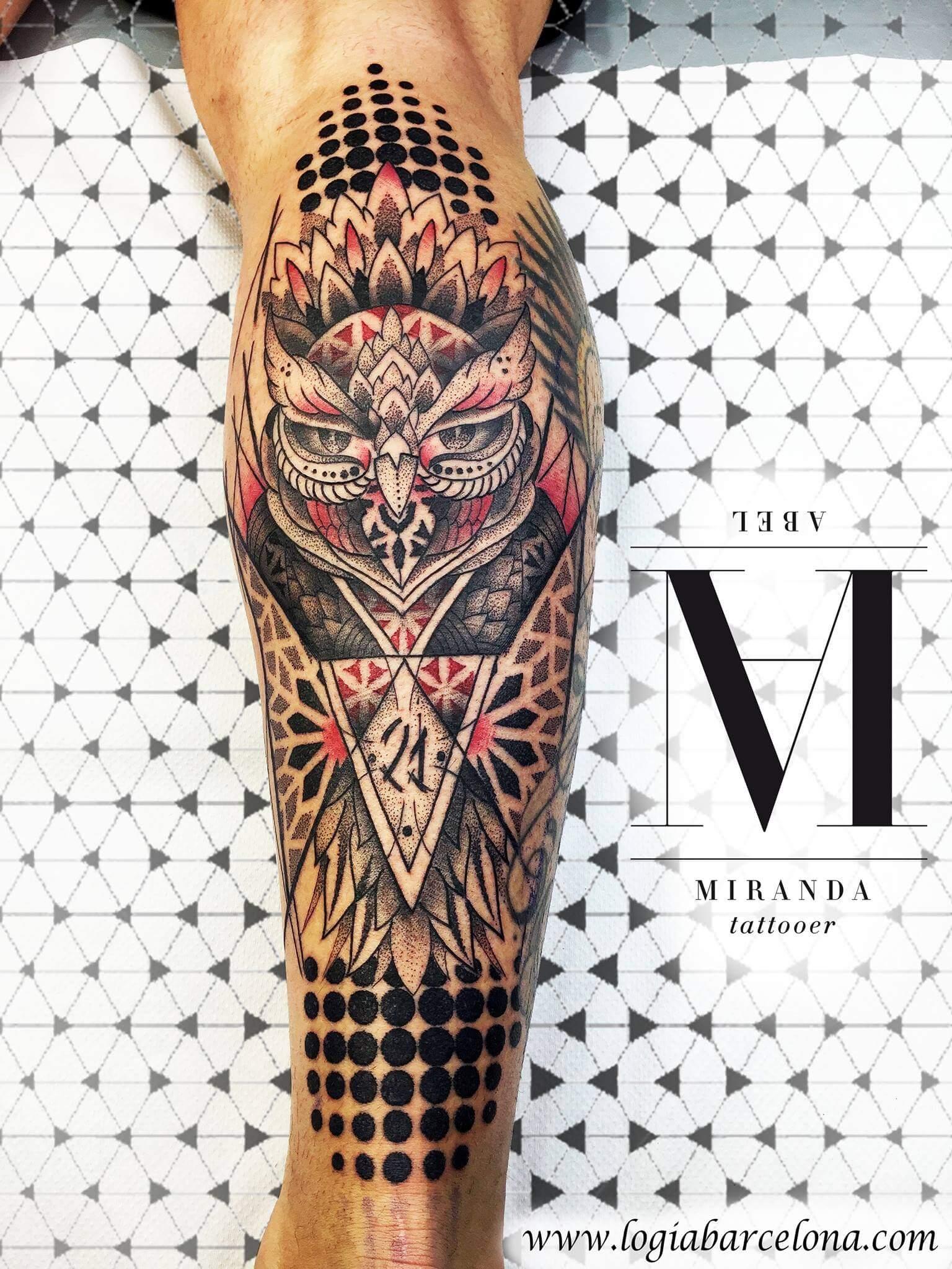 Tatuajes En El Gemelo Tatuajes Logia Barcelona