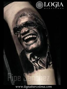 tatuajes artistas Ray Charles