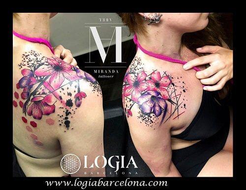Flores tatuadas procedentes de Asia