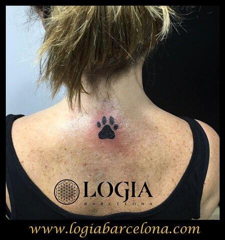 tatuajes de huellas Logia Barcelona