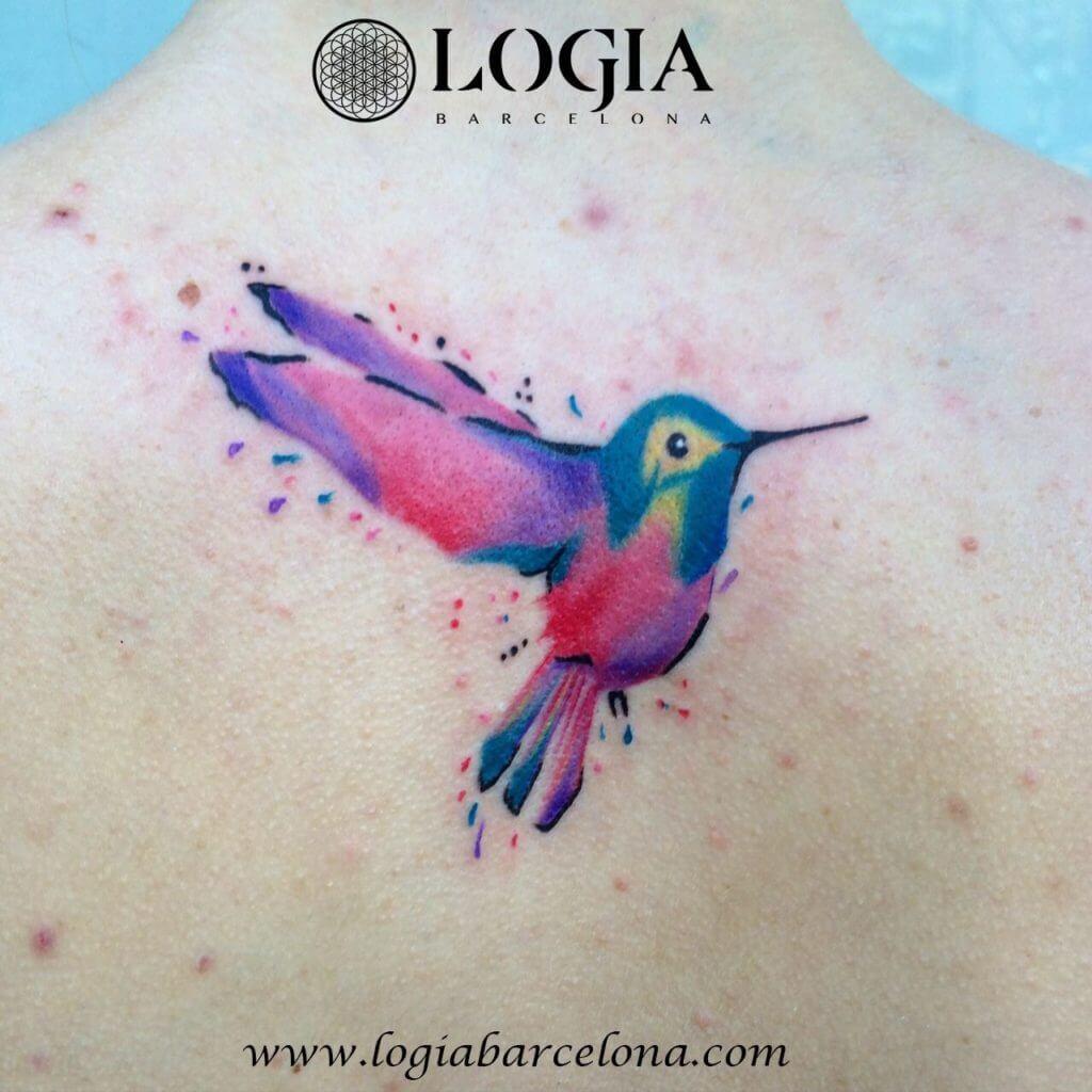 tatuaje colibri colores acuarela logia barcelona