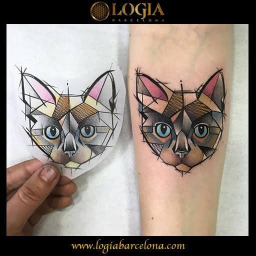 El Original Gato Geometrico De Uri Torras Tatuajes Logia Barcelona