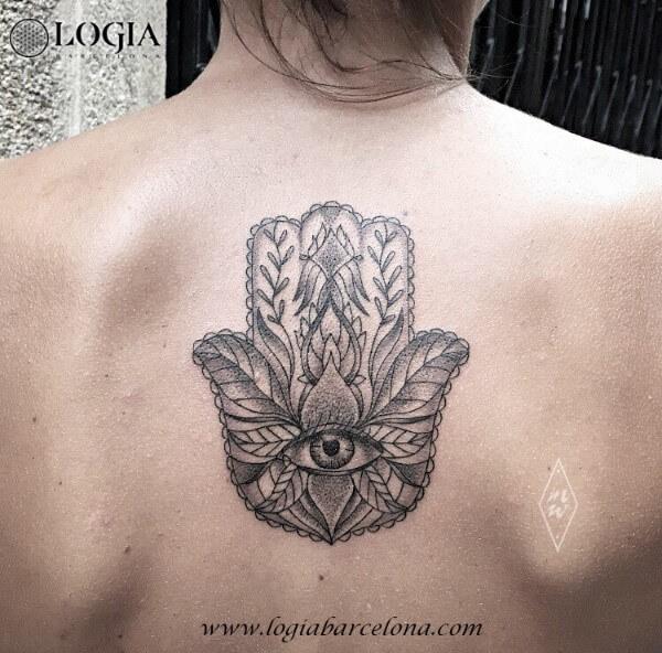 Tatuajes De La Mano De Fátima Tatuajes Logia Barcelona