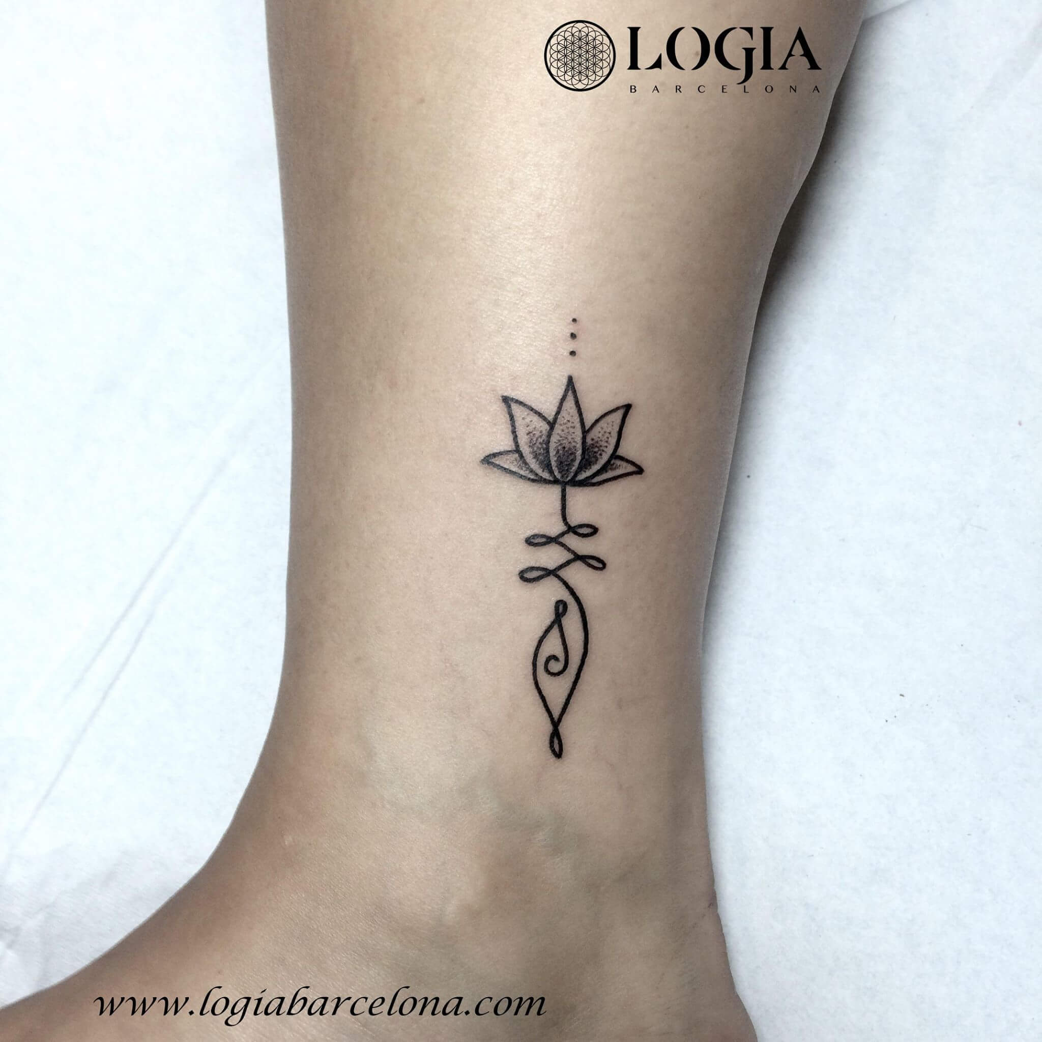 Tatuajes de flor de loto ideas para tatuajes logia tattoo for Tattoo de flores