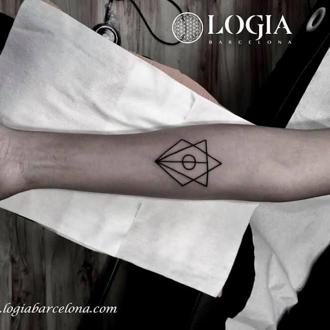 Tatuajes De Triangulos Tatuajes Logia Barcelona