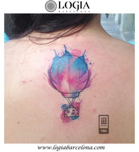 tatuaje globo aerostático maleta
