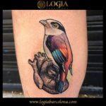 Juega a crear tatuajes surrealistas