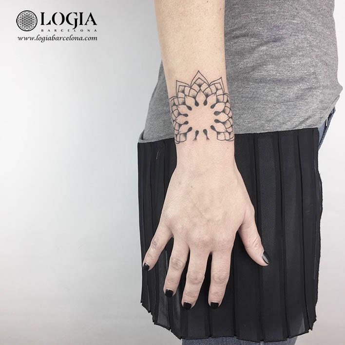 tatuaje muñeca mandala logiabarcelona ana godoy