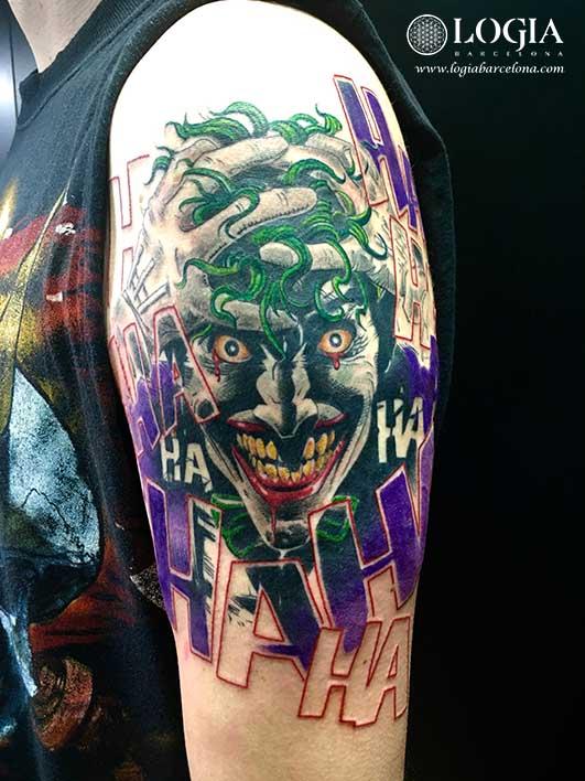 tatuaje joker brazo logia barcelona Zoen