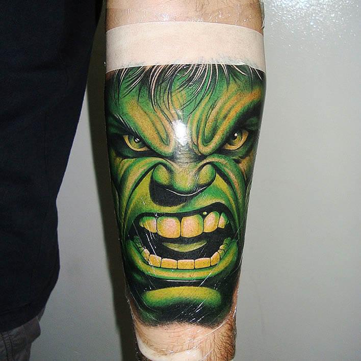 tatuaje brazo logia Pablo Munilla Tatuador web