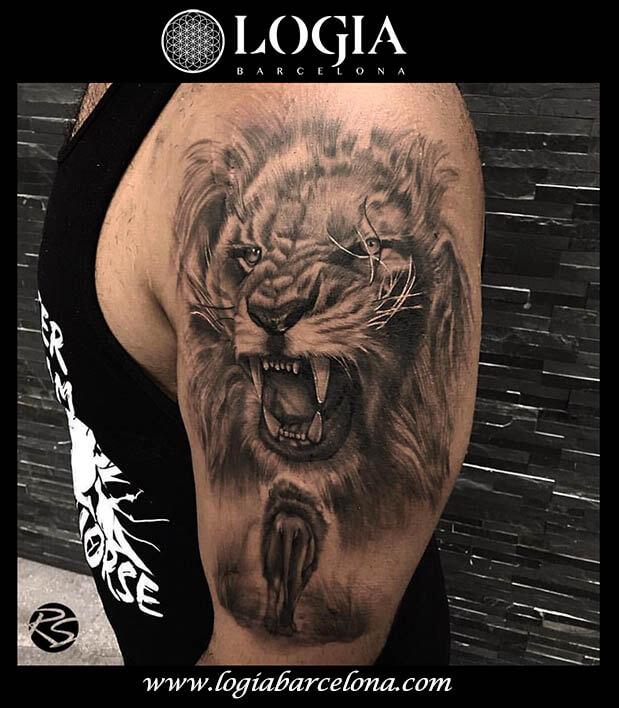 tatuaje hombro leon logia barcelona ridnel