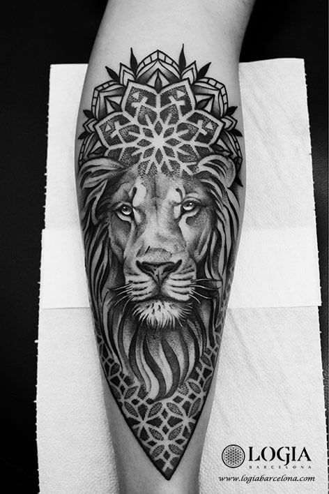 tatuaje leon mandala logiabarcelona beve