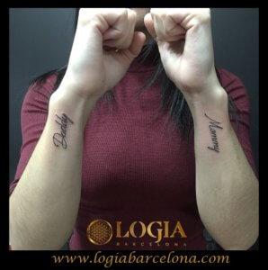 tatuaje familia lettering logia barcelona