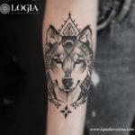 Salvajes y únicos: Tatuajes de lobos