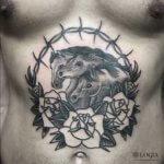 La historia detrás de los tatuajes de 3 caballos