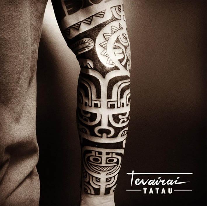 tatuaje maori brazo logia tevairai tatuador web