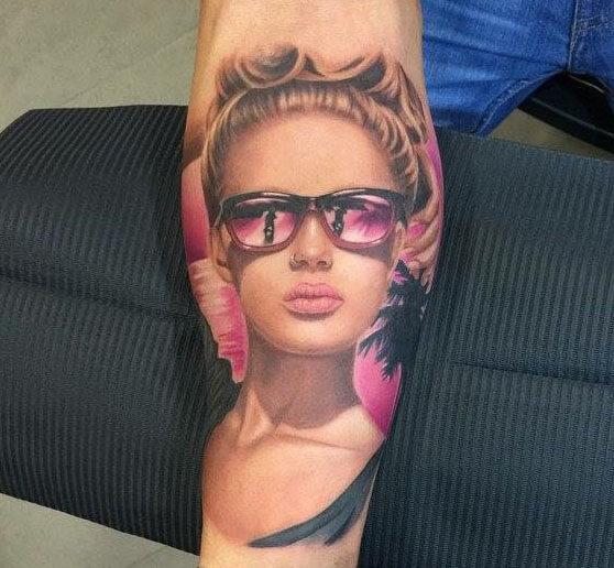 tatuaje realismo brazo logia pia vegas tatuadora web