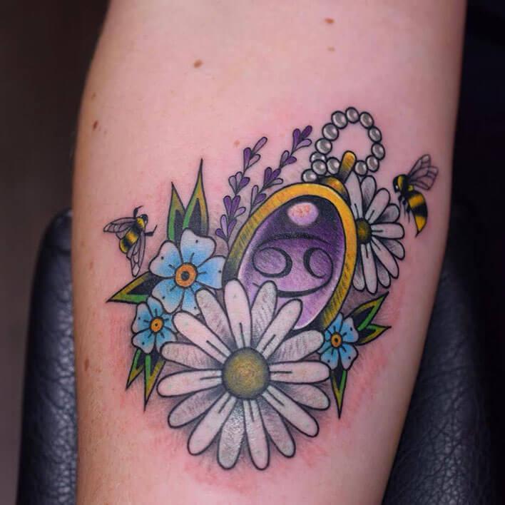 tatuajes tradicional brazo logia laia web
