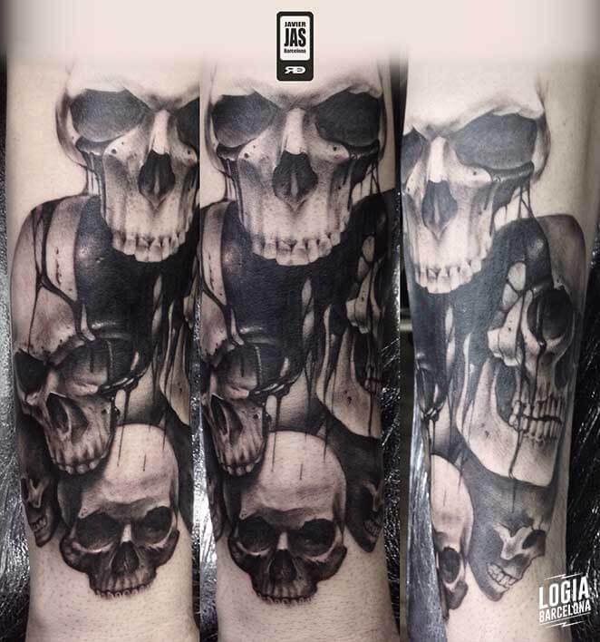 Tatuaje Calavera Blackwork Realismo