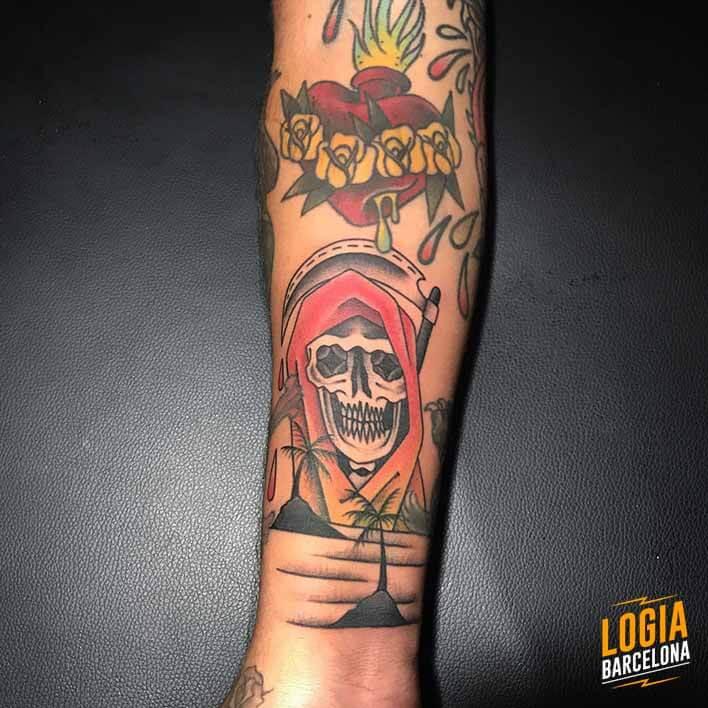 Logia Barcelona Calavera Blackwork Tradicional 03