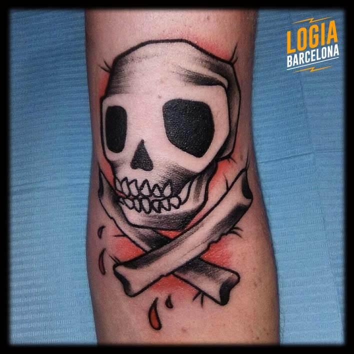 Tatuaje Calavera Newschool pirata