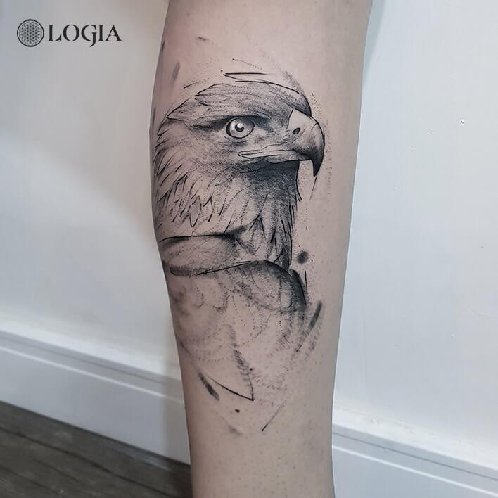 tatuaje aguila brazo logia barcelona dani bastos