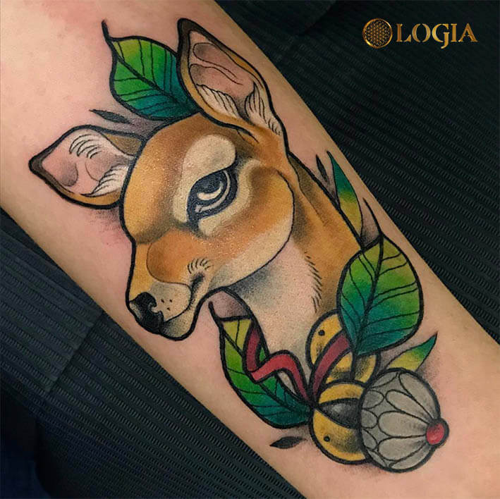 tatuaje antebrazo ciervo logia barcelona egidio aldo