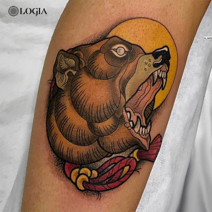 tatuaje antebrazo oso logia barcelona egidio aldo