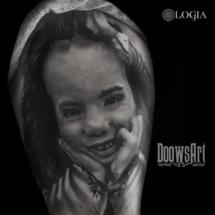tatuaje hombro chica logia barcelona doows