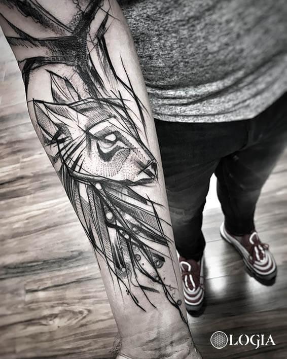 tatuajes antebrazo ciervo logia barcelona janiak
