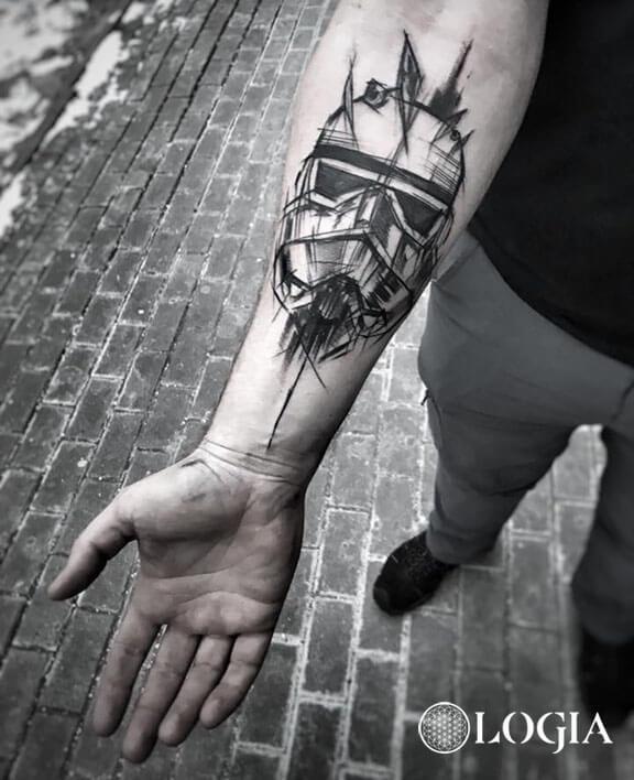 tatuajes antebrazo stormtrooper logia barcelona janiak