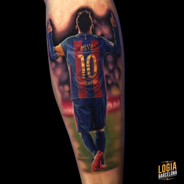 Tatuaje de Messi pierna Logia Barcelona Leo Valverde