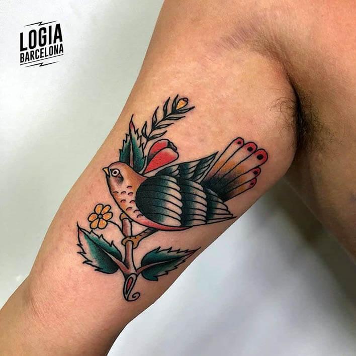 tatuaje antebrazo pajaro julio herrero