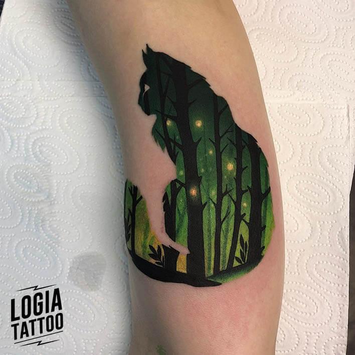 tatuaje doble exposición gato pierna logia barcelona daria stahp