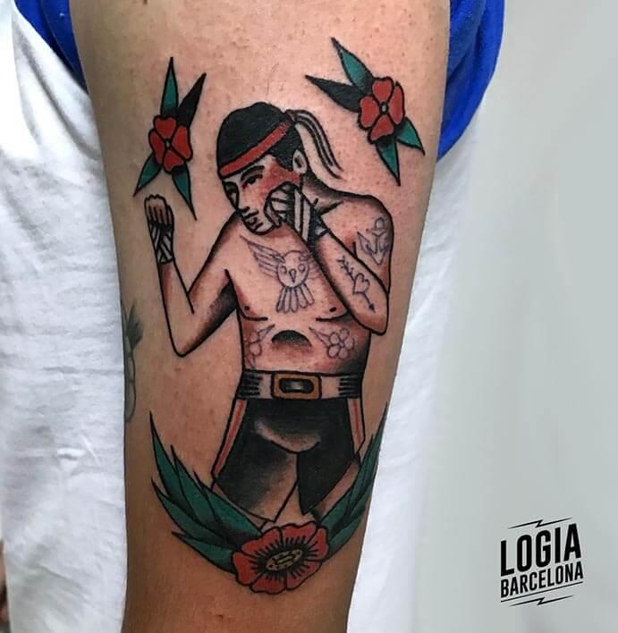 tatuaje hombro luchador logia barcelona julio herrero