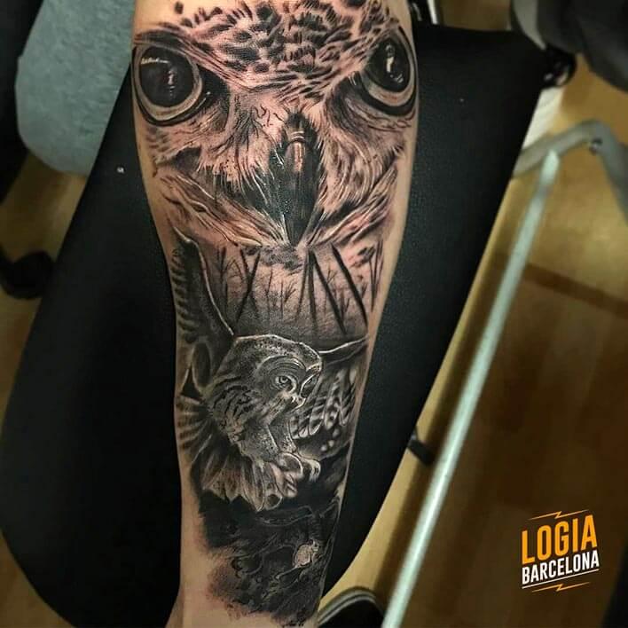 tatuaje buho lechuza brazo logia barcelona