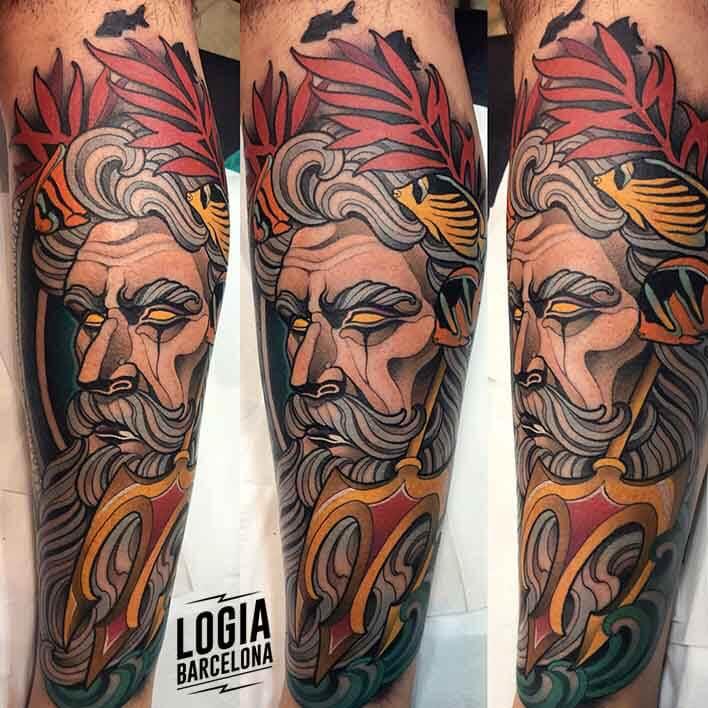 tatuaje_brazo_dios_griego_zeus_felipe_videira_logia_barcelona