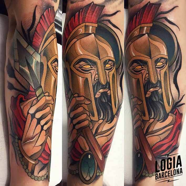 tatuaje_brazo_espartano_felipe_videira_logia_barcelona