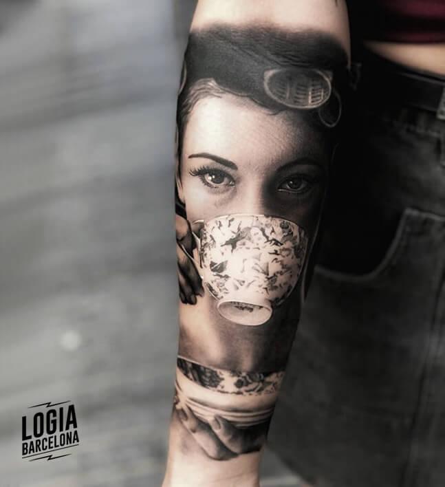 tatuaje realismo Eduard Cardona