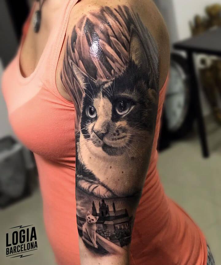 tatuaje realista de gato Eduar Cardona Logia Barcelona