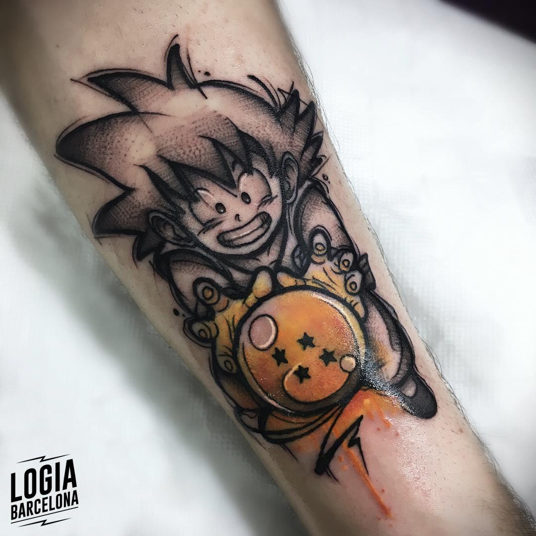 tatuaje de goku bola de dragon logia barcelona