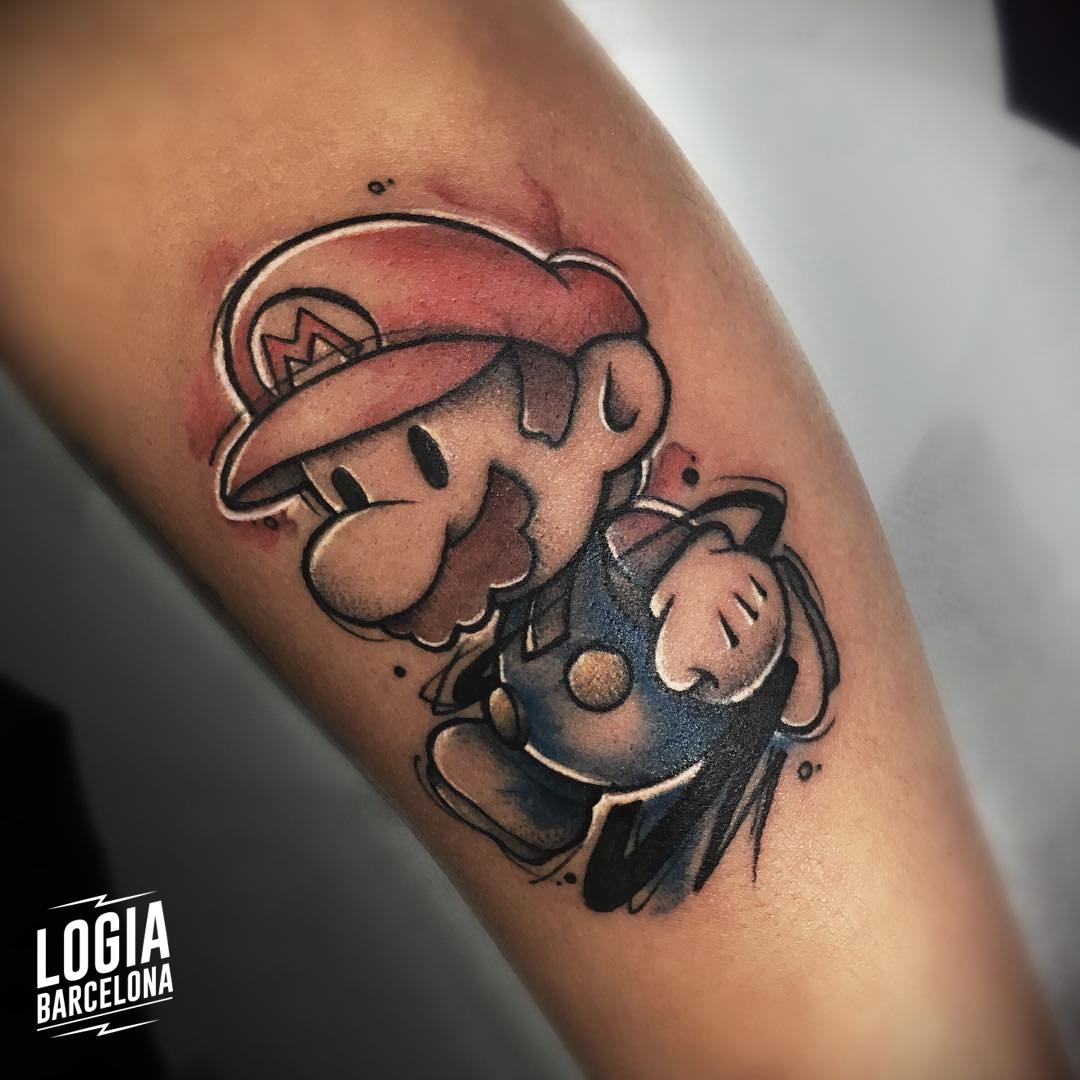 tatuaje_brazo_super_mario_bros_logia_barcelona_yeik