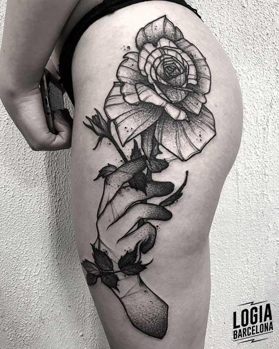 tatuaje sobre estrias Kevin Plane Logia Barcelona