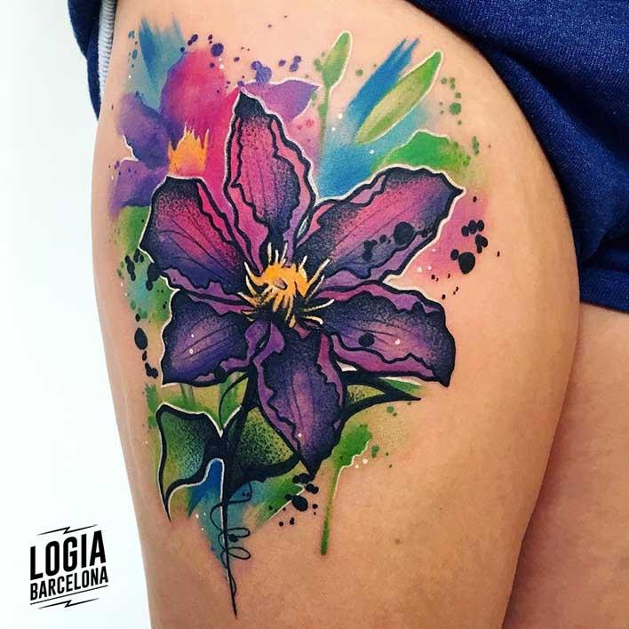 Flor De Lis En Tatuaje Logia Tattoo Barcelona