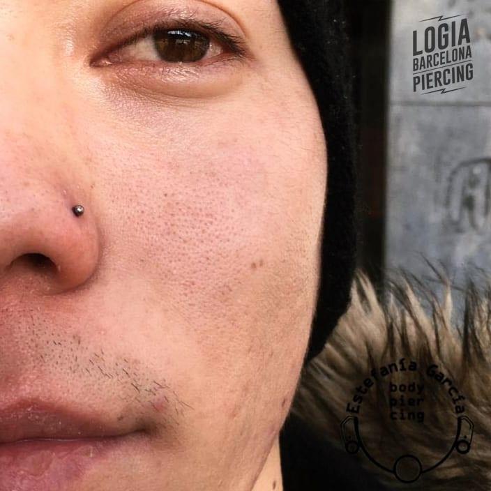 Piercing en la nariz hombre Logia Barcelona