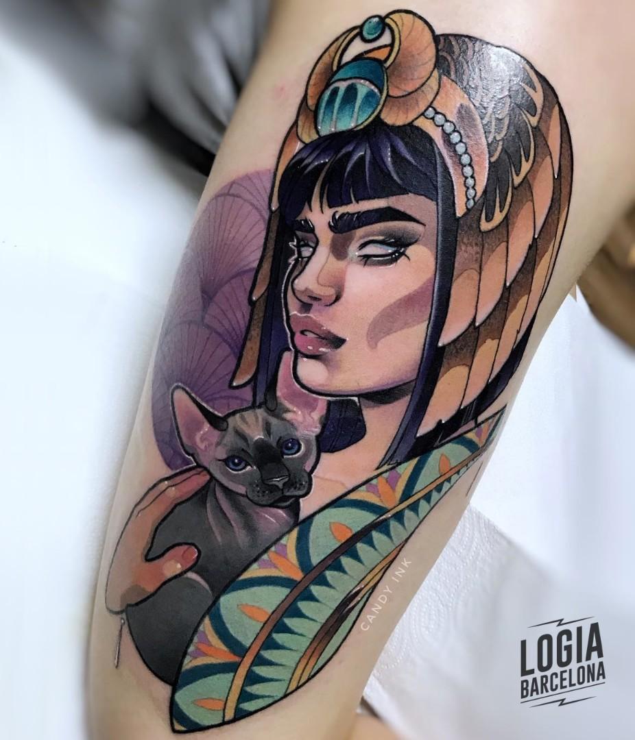 Diosa Isis tatuaje